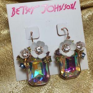 BETSEY JOHNSON Flutterbye Stone Drop Earrings